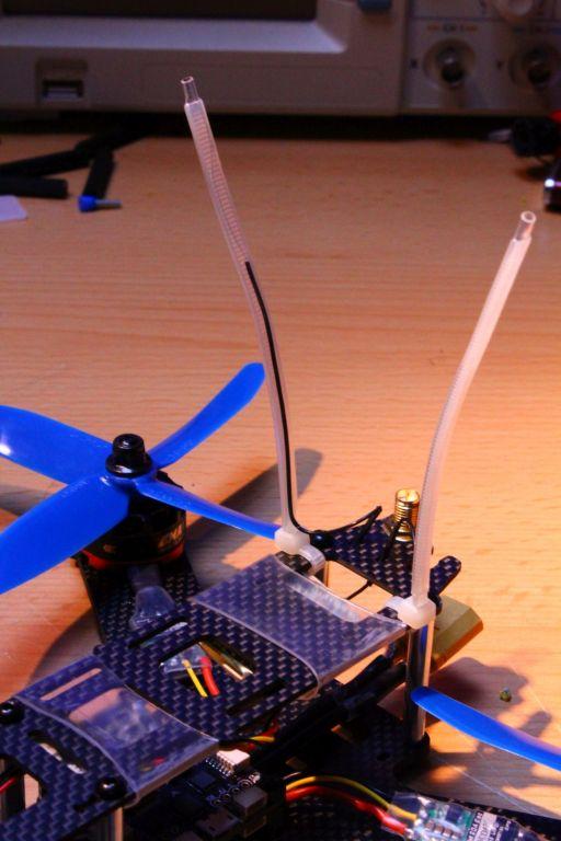 Antennenbefestigung mit Schrumpfschlauch